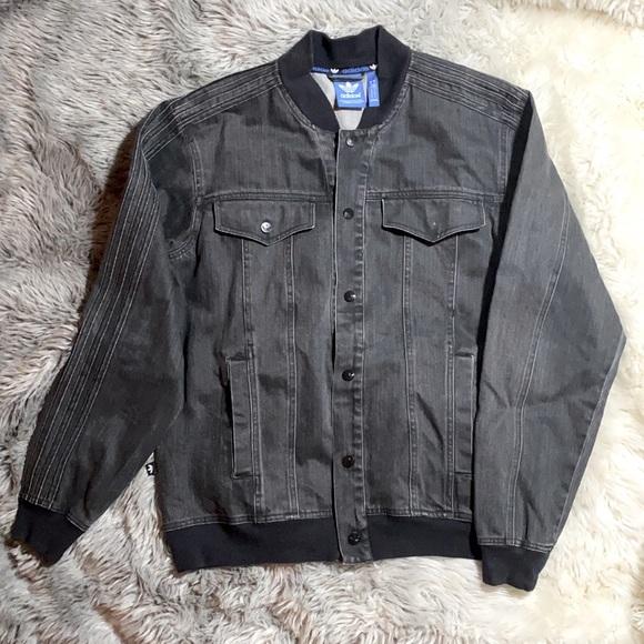Men's adidas black/grey denim jacket sz medium.